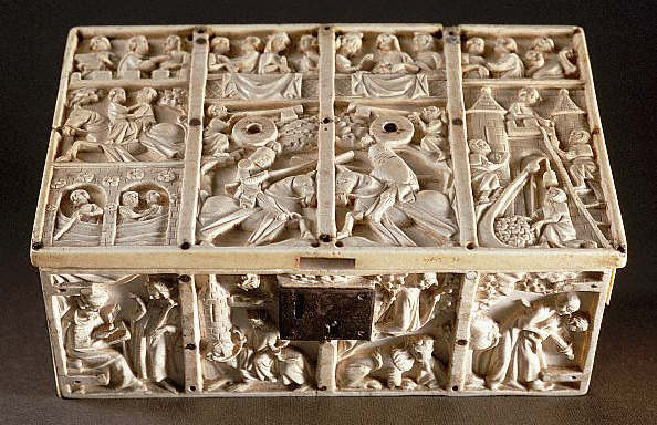 Ivory Chest With Allegories of Love 14th с