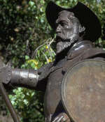 A sculpture of Don Quixote and Sancho Panza