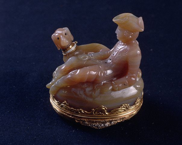 Agate and Gold Snuffbox 1760